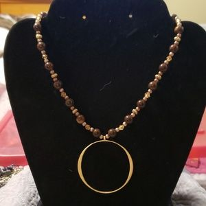 Jewelry - Gold Circle & Bead Necklace